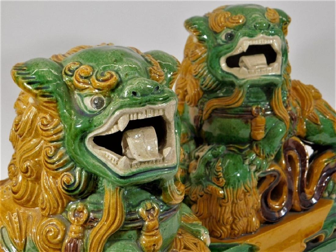 PR Chinese Porcelain Sancai Glaze Foo Lion Figures - 4