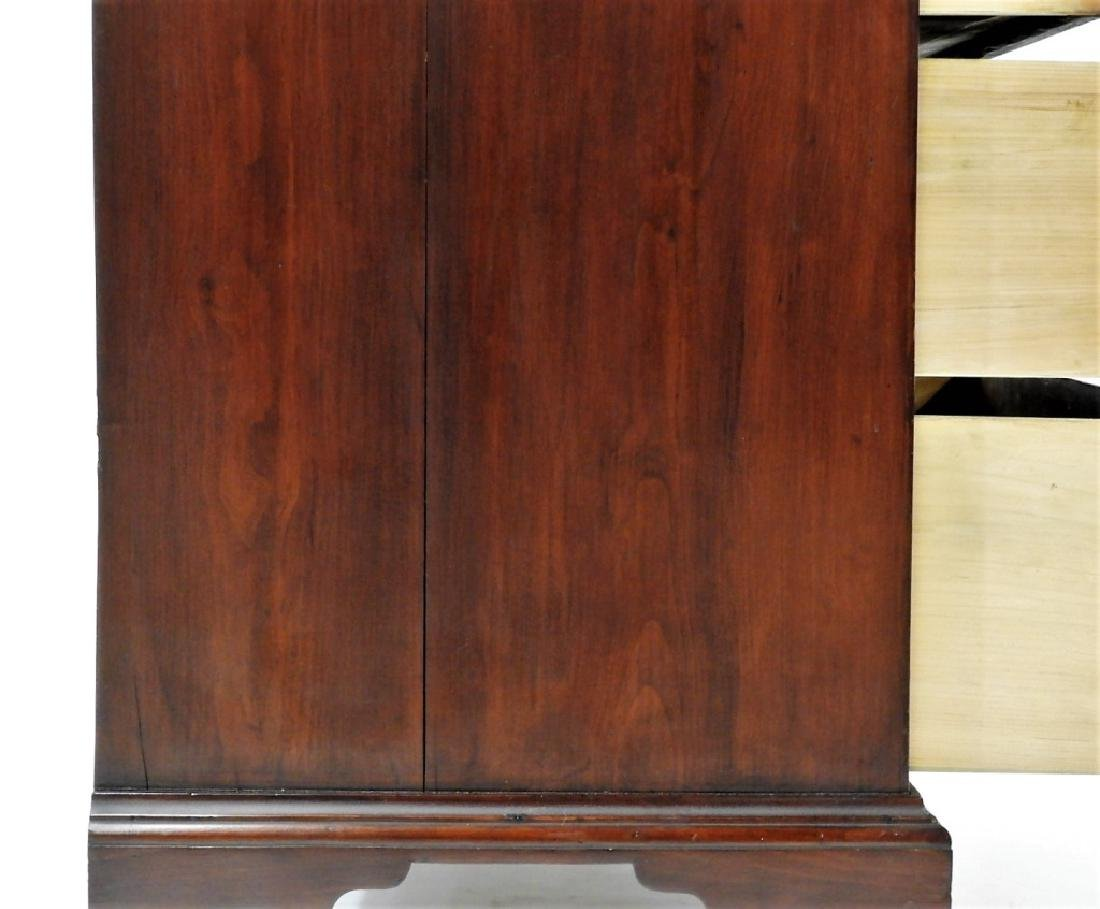 18C Boston Chippendale Cherry Four Draw Chest - 5