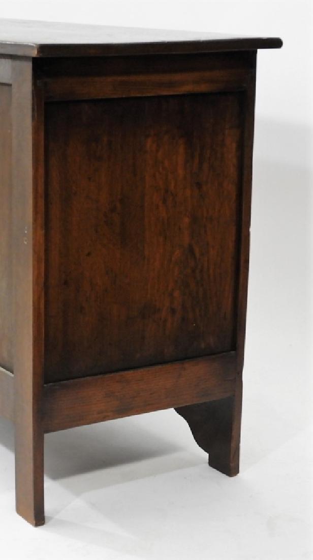Gostin English Renaissance Revival Oak Sideboard - 6