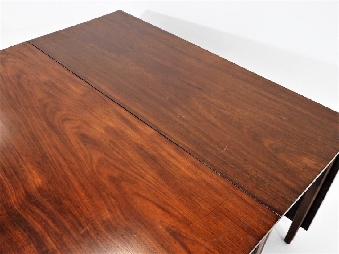 FINE Rhode Island Mahogany Drop Leaf Table - 5