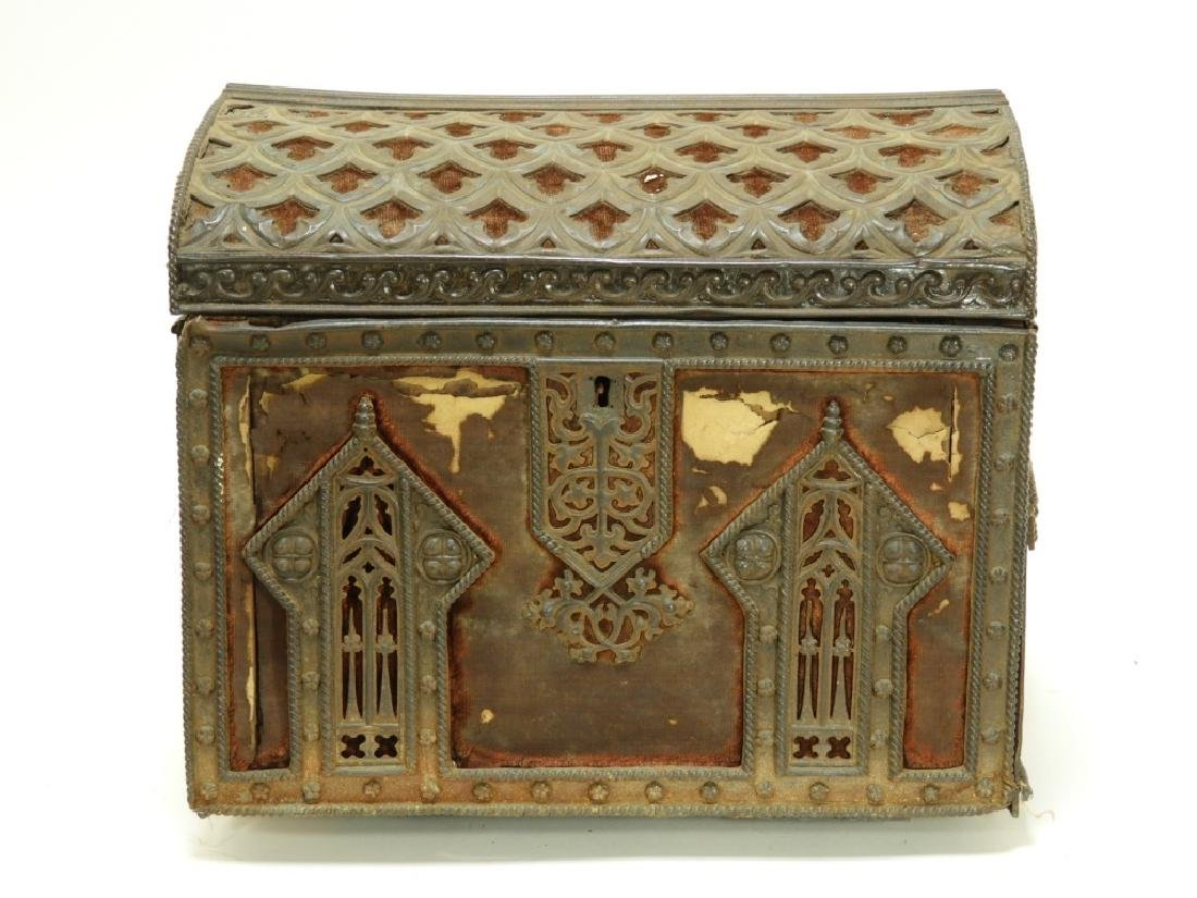 19C Victorian Gothic Revival Carved Wood Box - 2