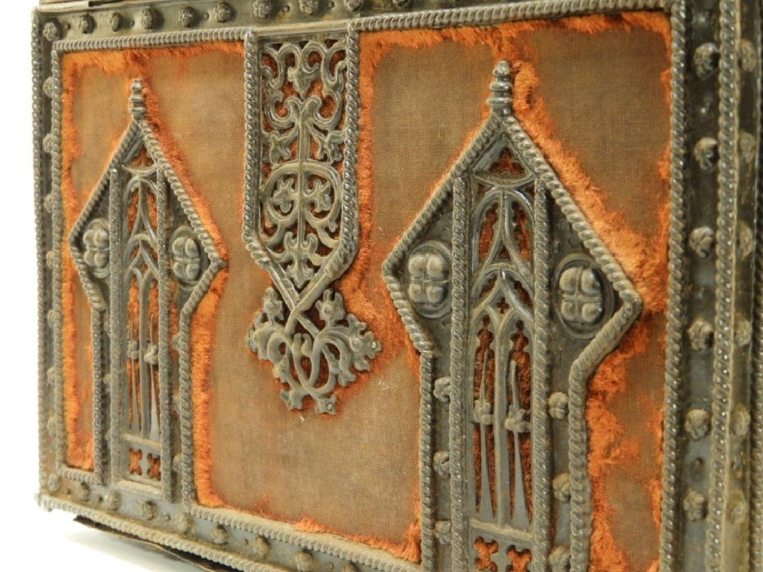 19C Victorian Gothic Revival Carved Wood Box - 7