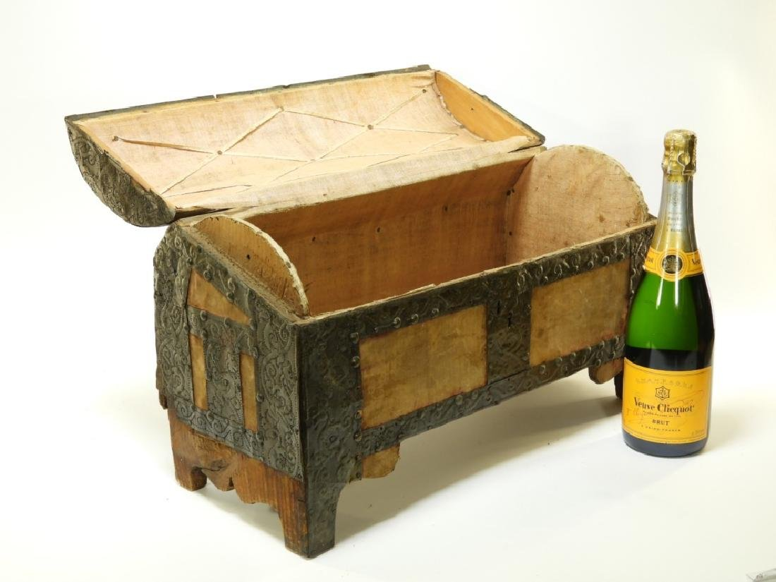 17C. Spanish Colonial Tin Dome Top Casket - 7