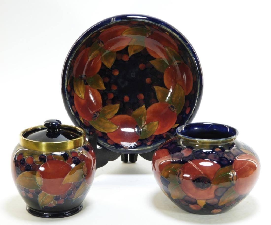3 Moorcroft Pottery Pomegranate Pattern Bowls Jar
