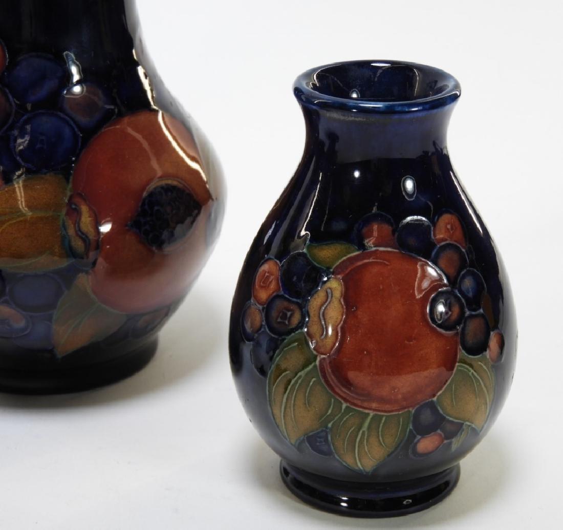 6 Moorcroft Pottery Pomegranate Pattern Vases - 7