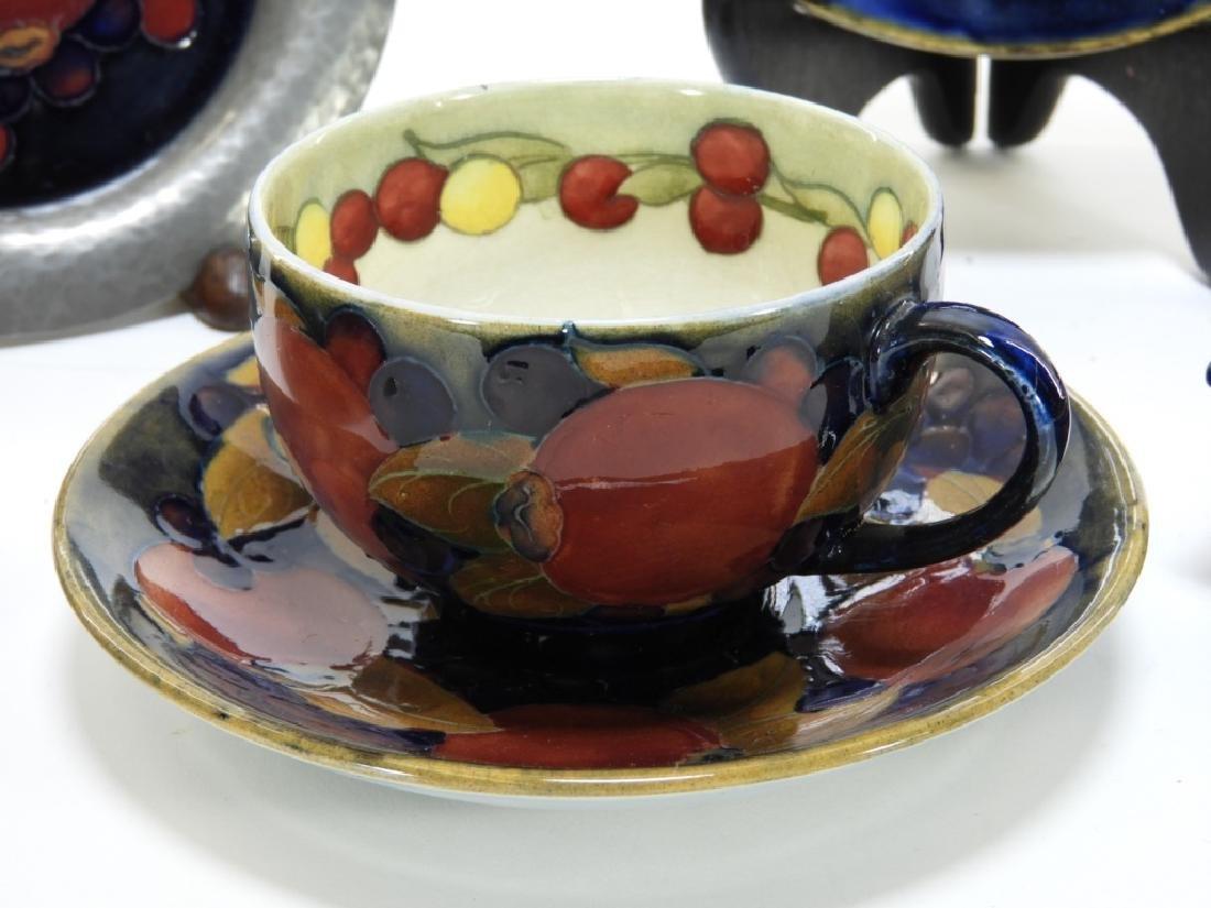 8 Moorcroft Pottery Pomegranate Pattern Vases Box - 5