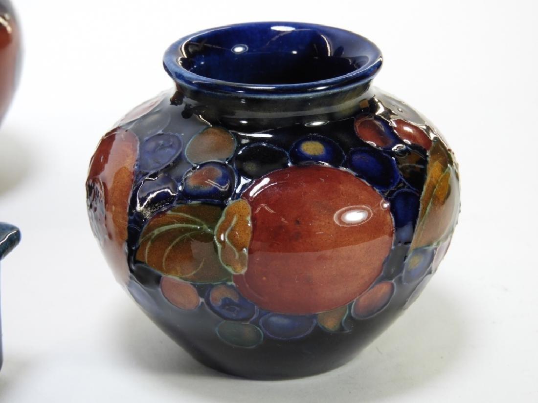 8 Moorcroft Pottery Pomegranate Pattern Vases Box - 8