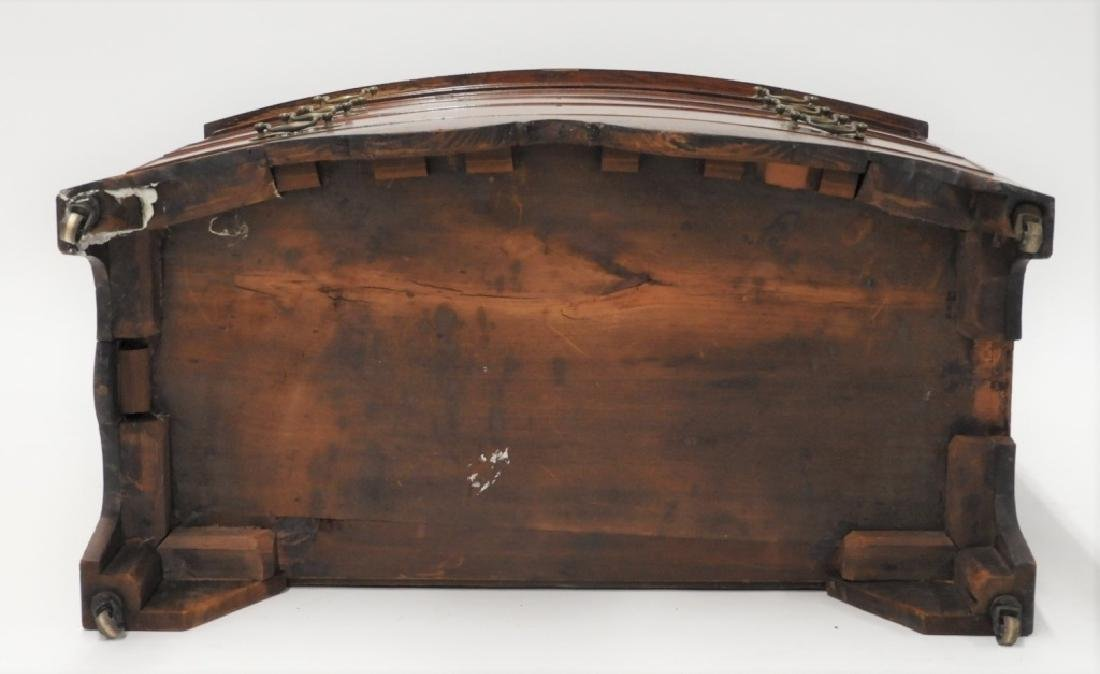 Massachusetts Federal Mahogany Bow Front Chest - 11