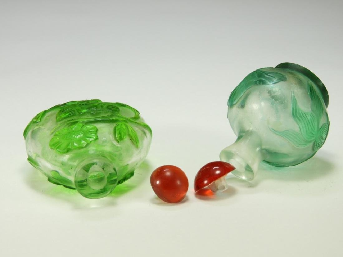 2 Chinese Peking Glass Overlay Snuff Bottles - 4