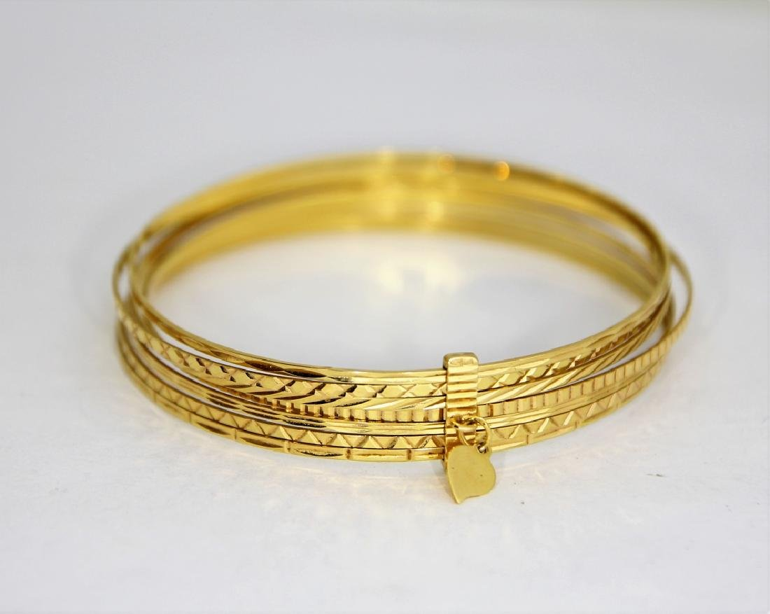 18K Gold Seven Day Etched Heart Charm Bracelets