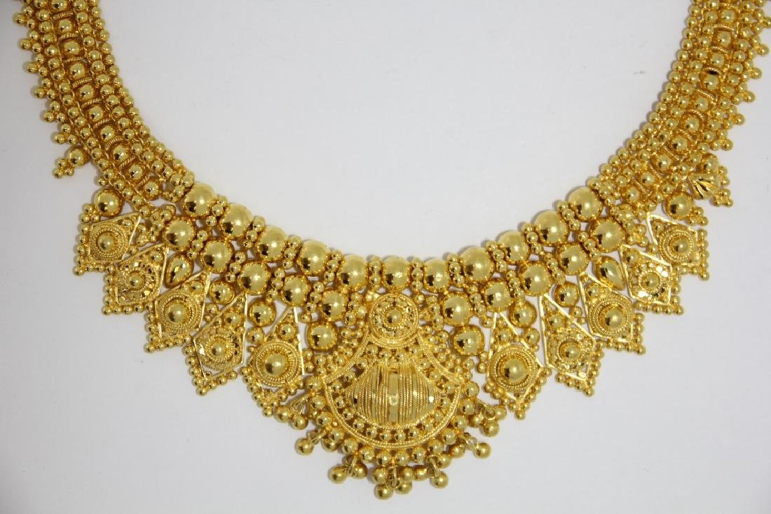 Indian Mughal Style 22K High Style Gold Necklace
