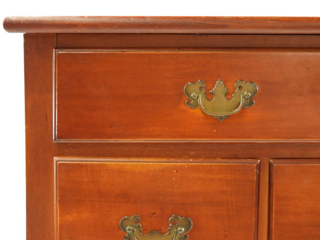 C.1760 Queen Anne Lowboy Dressing Table - 4