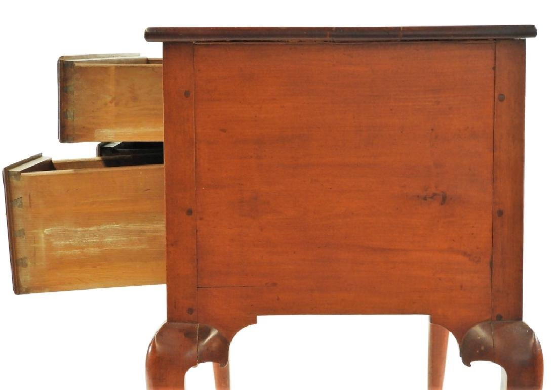C.1760 Queen Anne Lowboy Dressing Table - 7