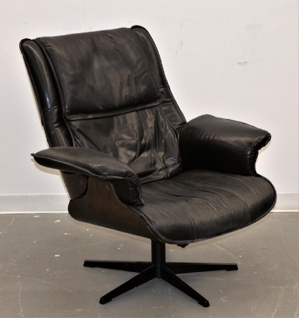 C.1960 Herman Miller Eames Style Lounge Chair