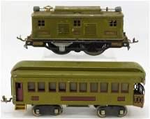 2 Lionel Pre War Pullman Train Car 8E Locomotive