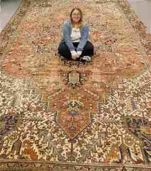 LG Antique Heriz Geometric Carpet