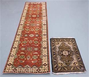 2PC Middle Eastern Floral Rug & Runner