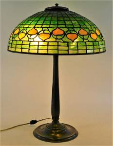 Tiffany Studios Bleeding Heart Table Lamp