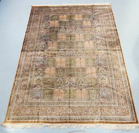 Persian Silk Room Size Rug Carpet