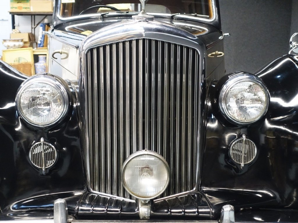 1949 Bentley Mark VI Standard Saloon Automobile - 10