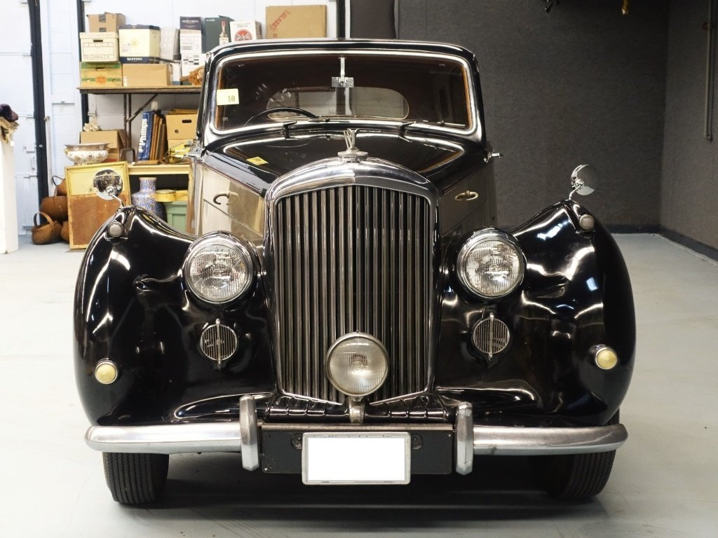 1949 Bentley Mark VI Standard Saloon Automobile - 9