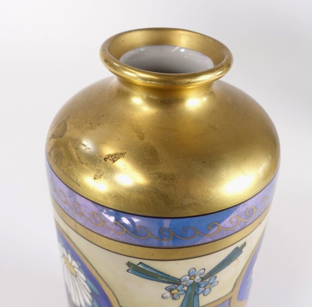 Pickard China Edgerton Gilt Vase - 3