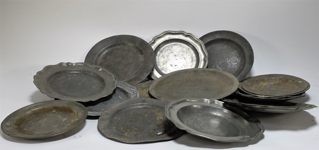 17 English & Colonial 18C Pewter Dish Plates