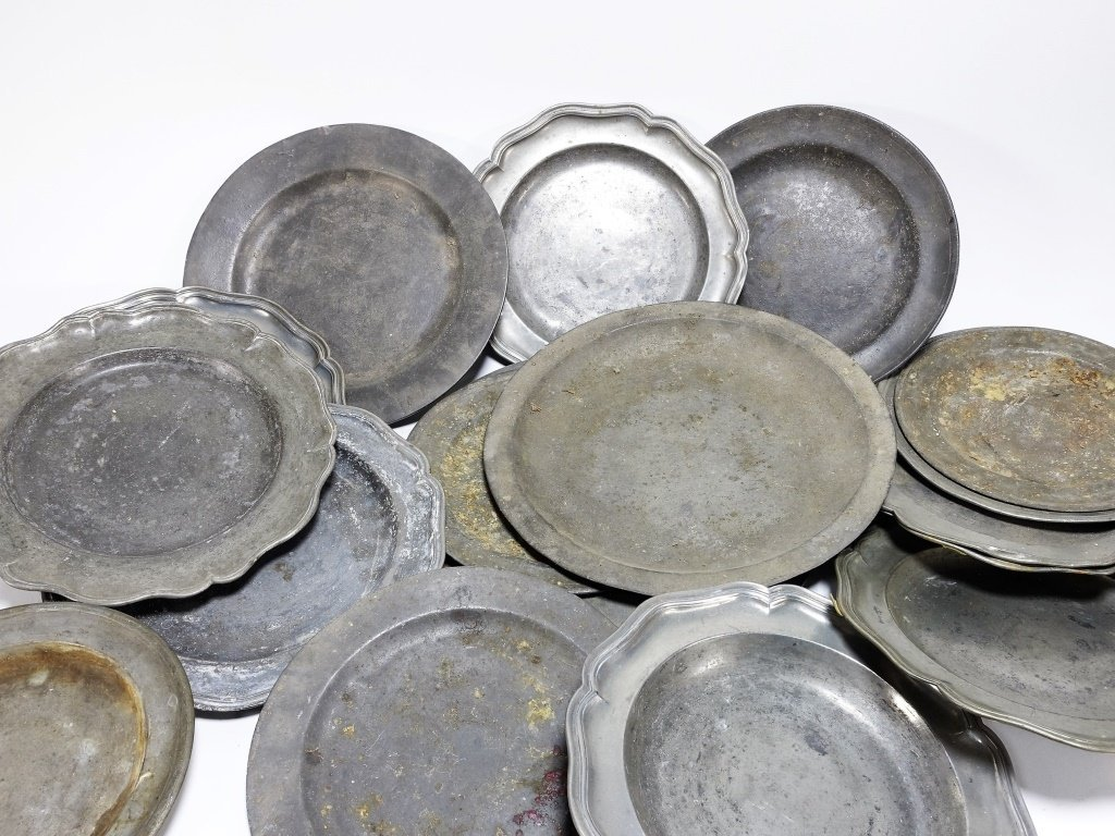 17 English & Colonial 18C Pewter Dish Plates - 2