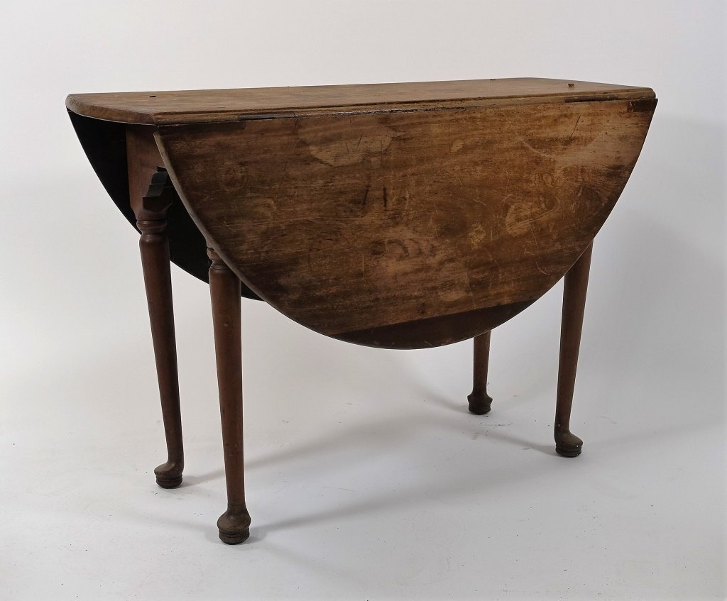New England Queen Anne Pine Drop Leaf Table - 2