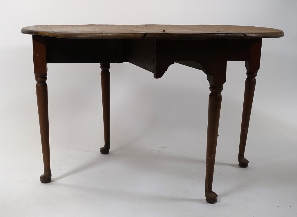 New England Queen Anne Pine Drop Leaf Table - 5