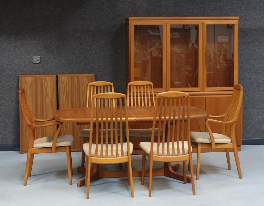 Preben Schou Danish Modern Teak Dining Room Set Lot 0324