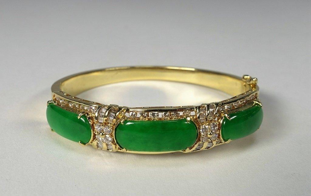 18KT Gold  Emerald Green Jadeite Diamond Bracelet