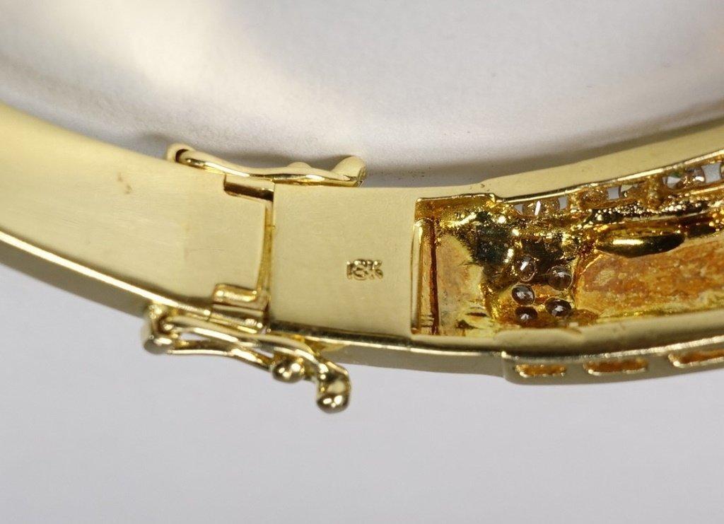 18KT Gold  Emerald Green Jadeite Diamond Bracelet - 4