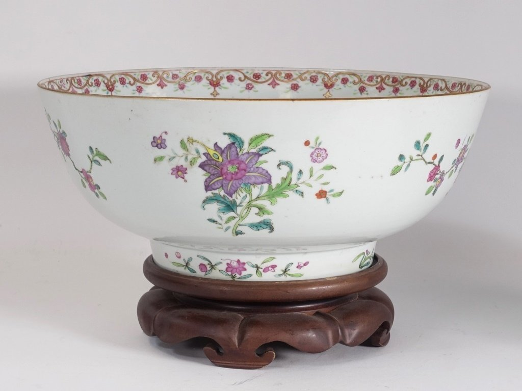 Chinese Export Porcelain Famille Rose Punch Bowl - 3