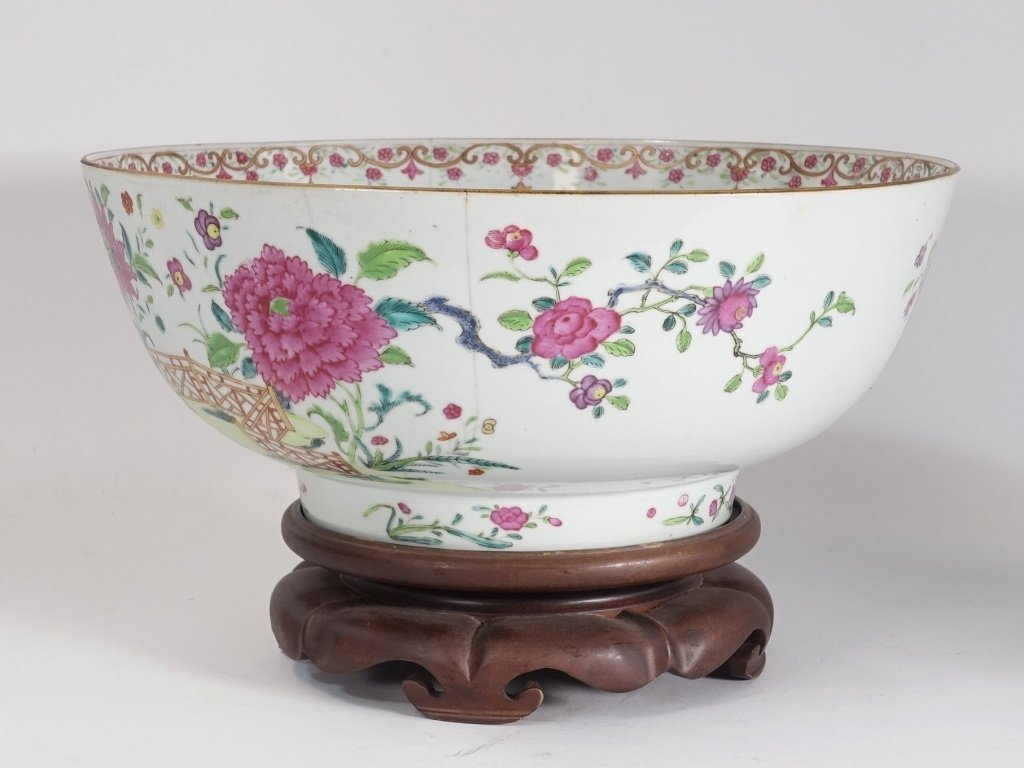 Chinese Export Porcelain Famille Rose Punch Bowl - 4