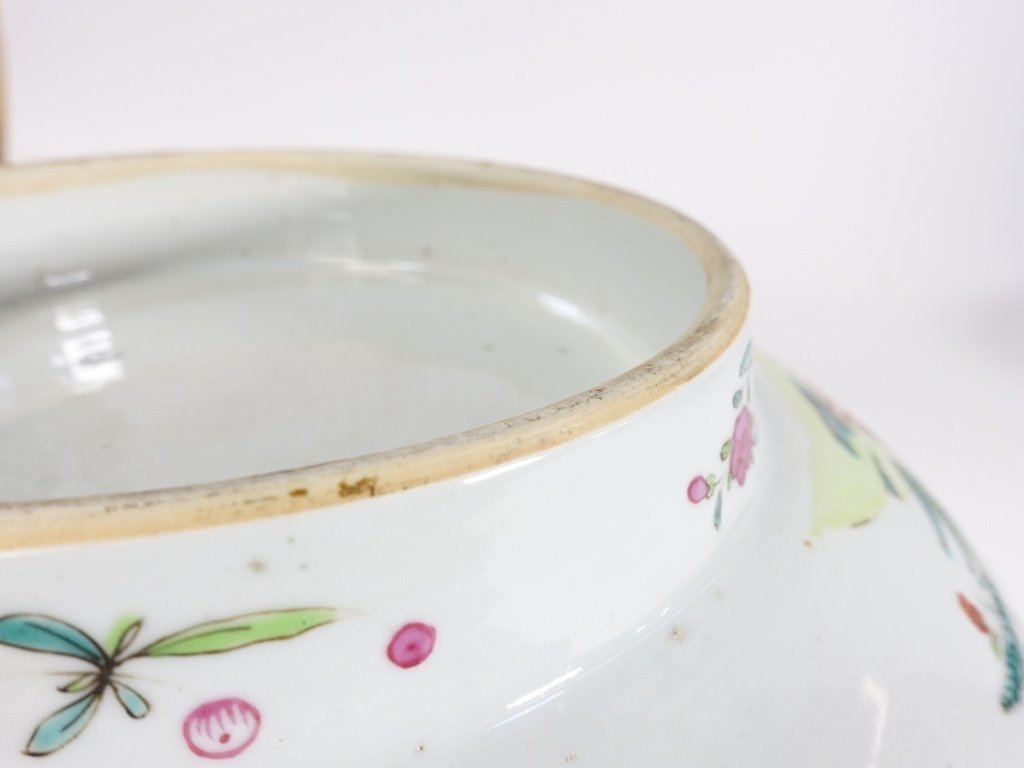 Chinese Export Porcelain Famille Rose Punch Bowl - 8