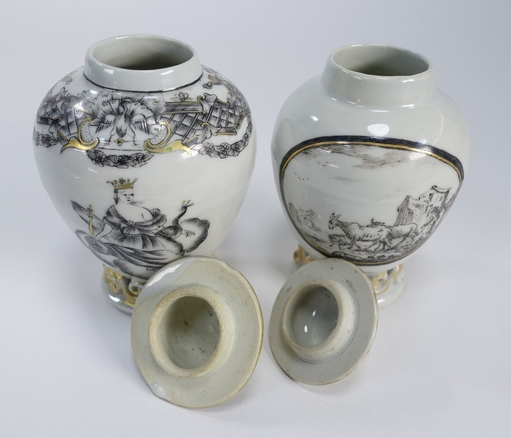 2 Chinese Export Porcelain Grisaille Tea Caddy - 10