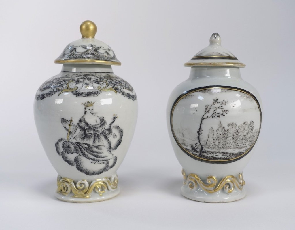2 Chinese Export Porcelain Grisaille Tea Caddy - 3