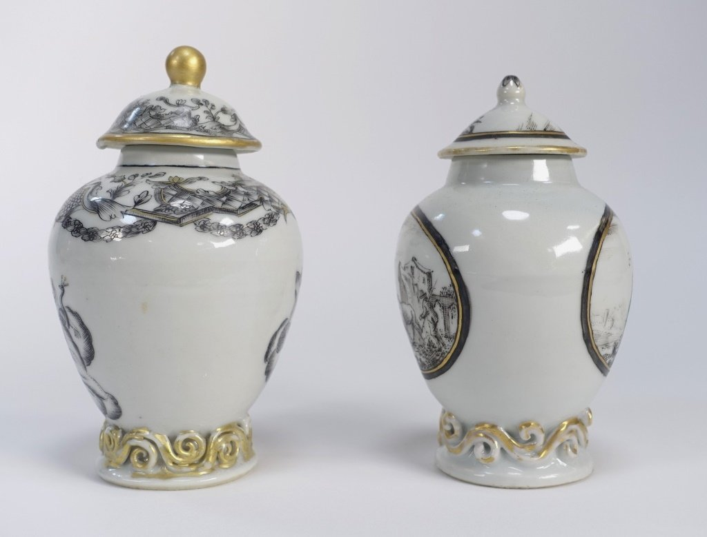 2 Chinese Export Porcelain Grisaille Tea Caddy - 4