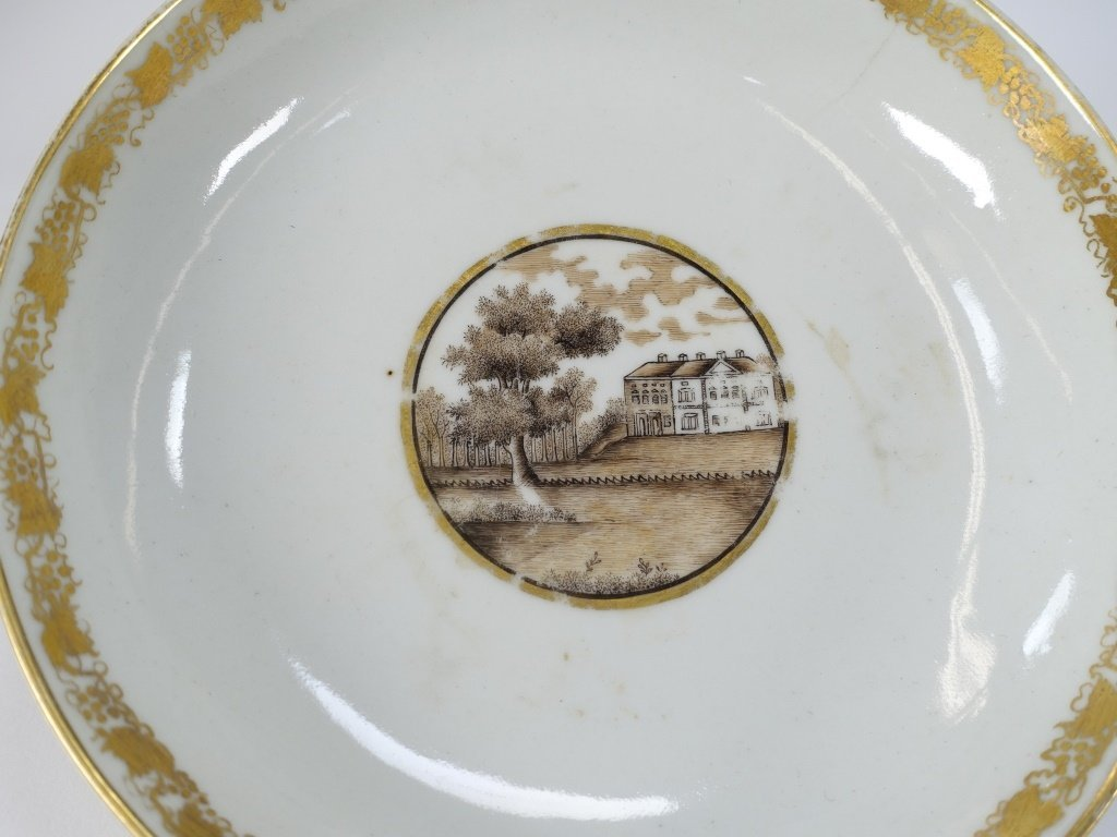 Chinese Export Porcelain Estate Grouping - 6
