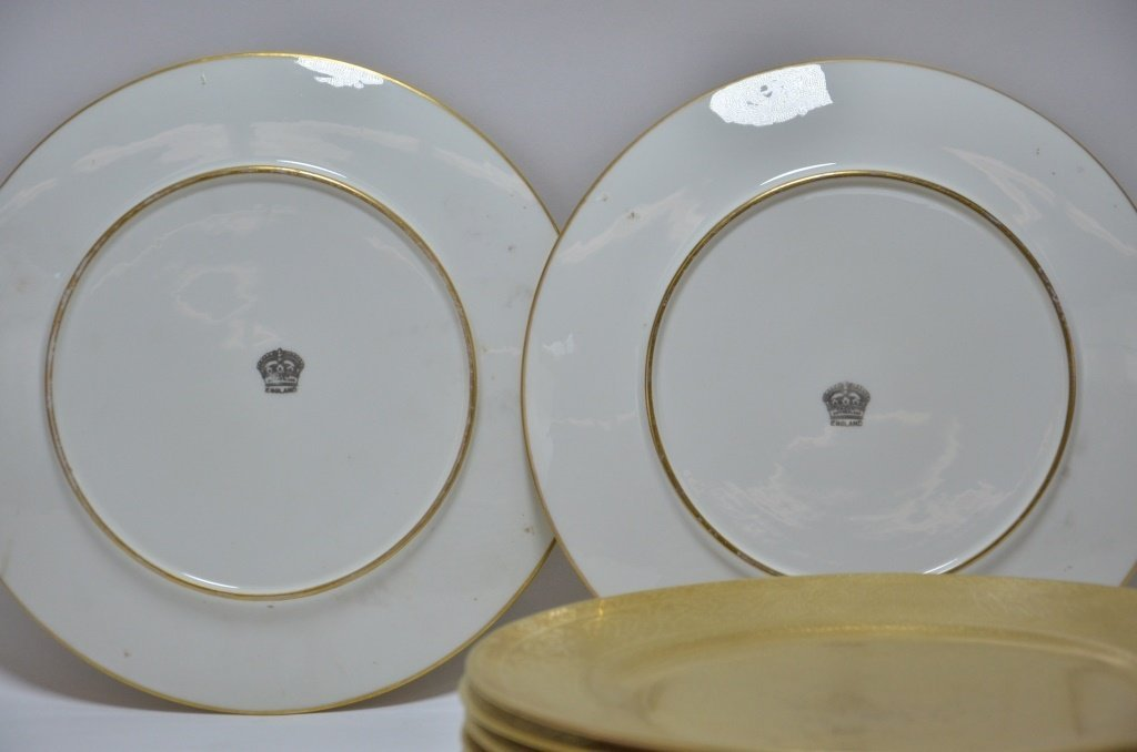 10 English Cauldon Gilt Porcelain Dinner Plates - 4