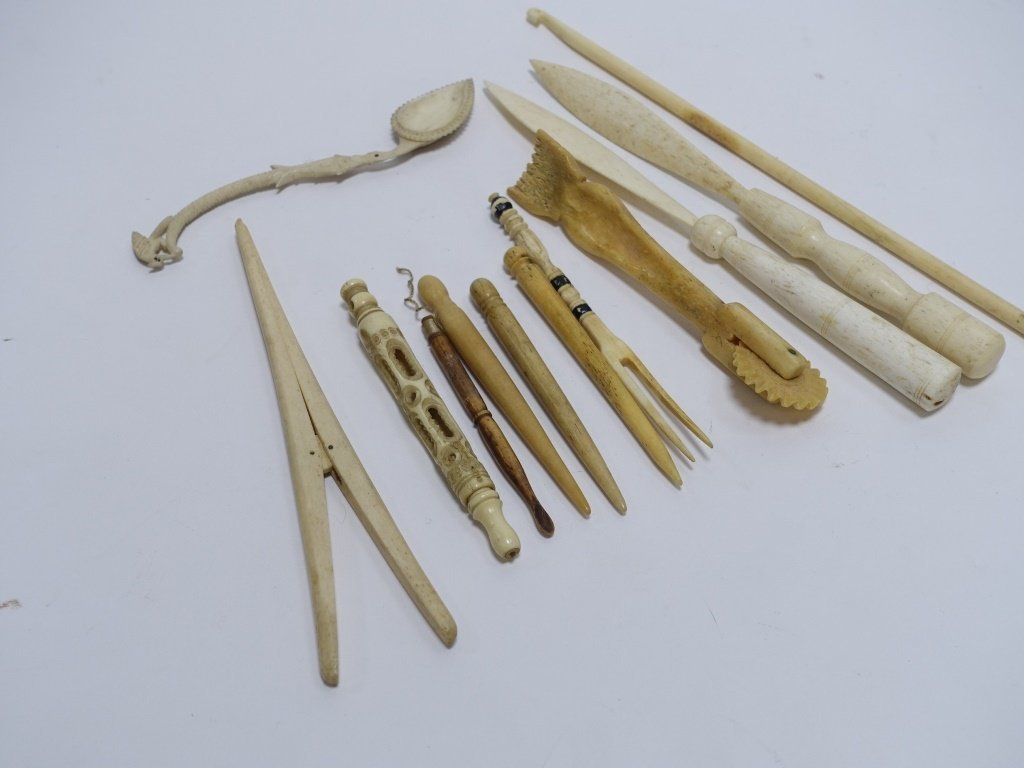 12 Whale Bone Carvings Bodkins Crimper Stretcher - 3