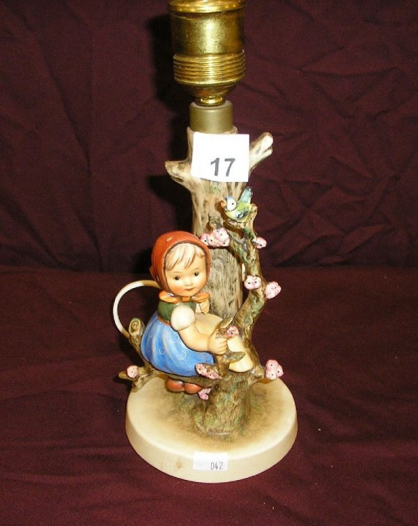 17B: HUMMEL FIGURINE TABLE LAMP-GIRL IN FLOWERING TREE