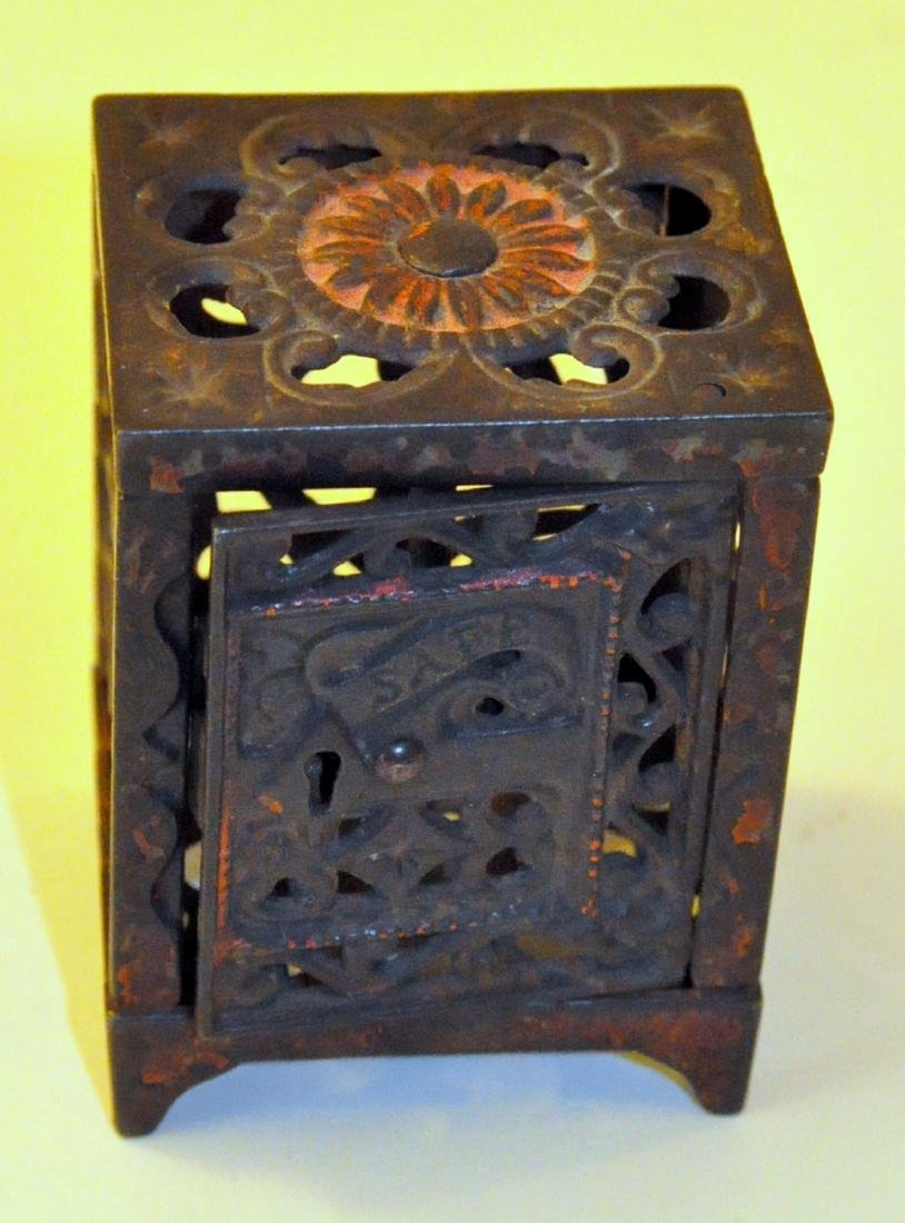 1890's iron bank safe JE Stevens