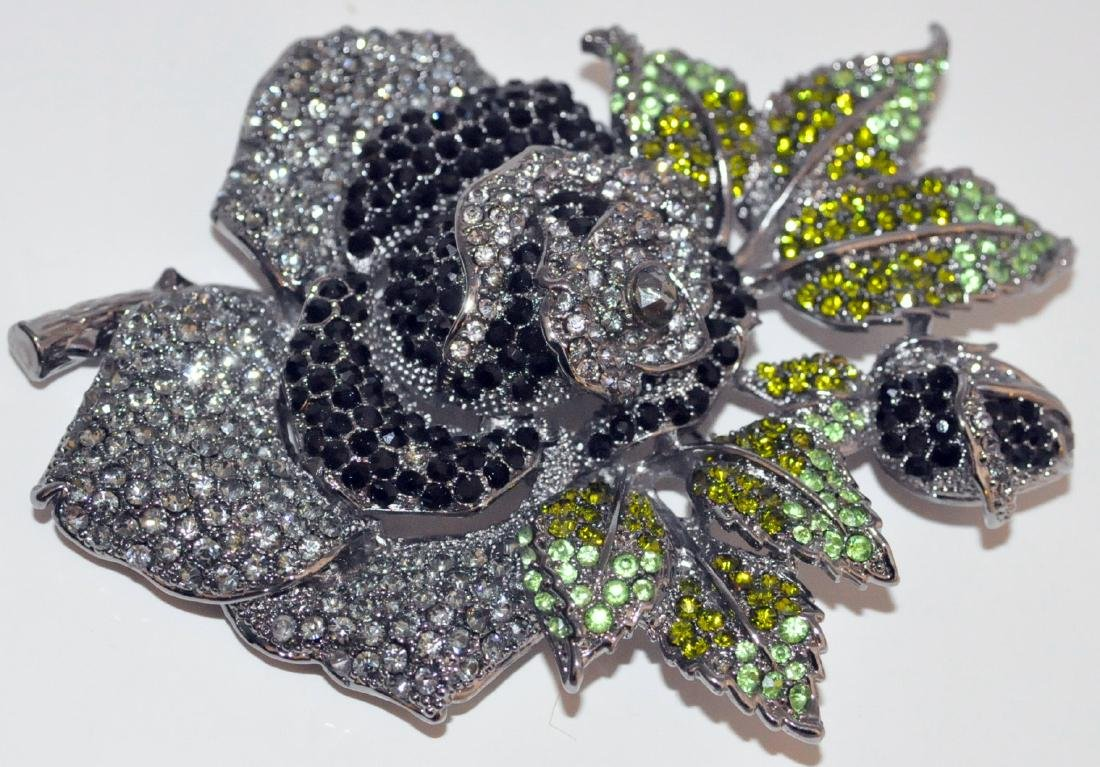 Vintage ornate flower pin hair clip
