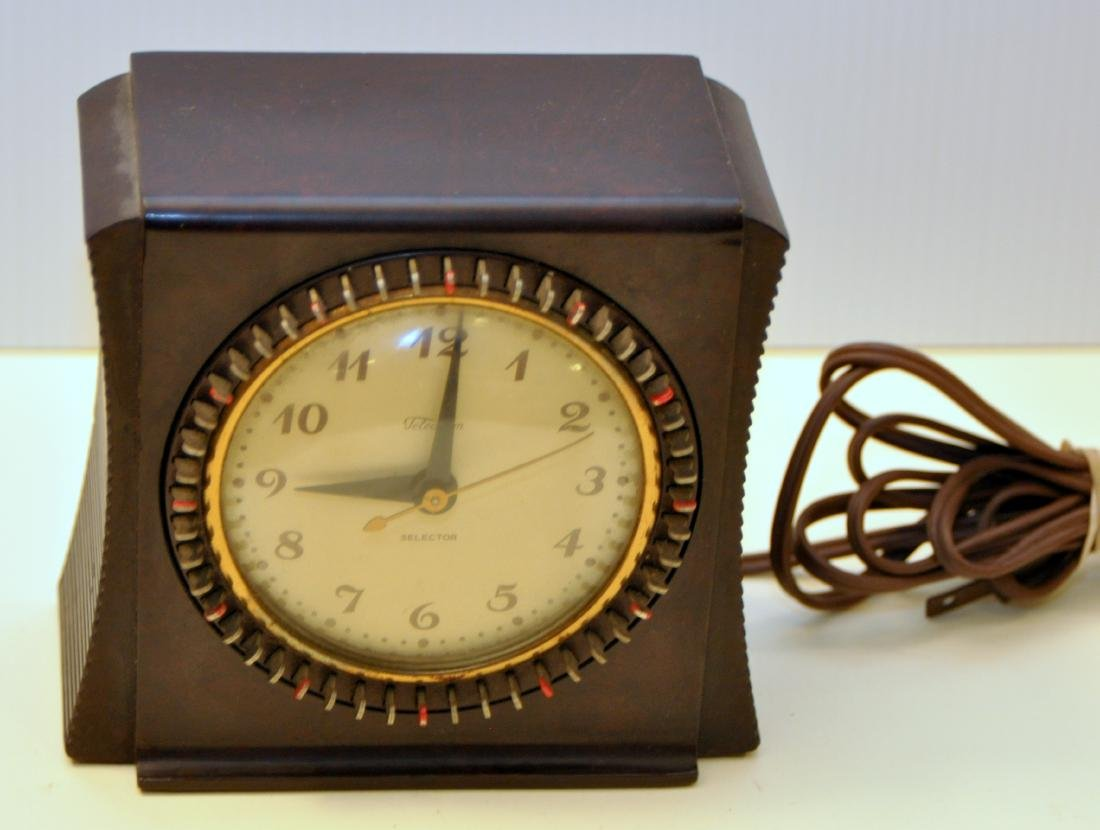 Vintage Telechron bakelite clock