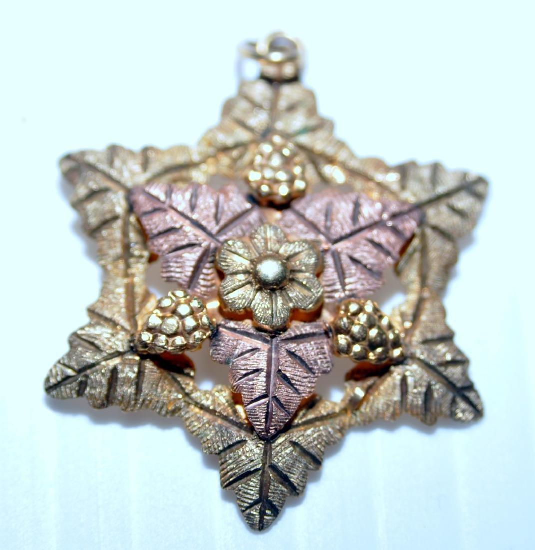Black Hills gold pendant star - 2