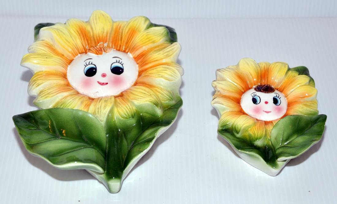 Wall pockets sunflowers vintage set