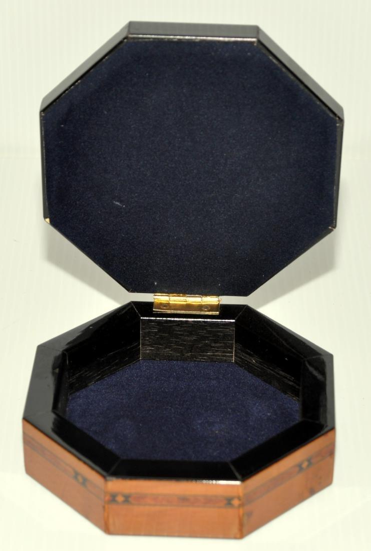 Hand painted vintage box - 4