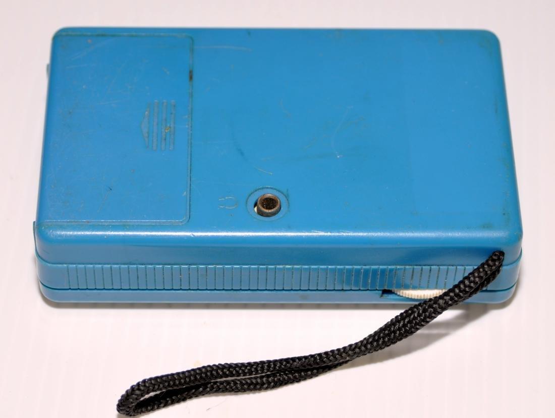 Realistic radio transistor portable works - 2